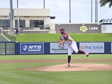 Team Beisbol Venezuela blanqueó a Canadá y cierra invicto en el Grupo B