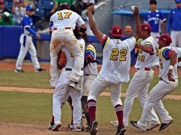 FEVEBEISBOL enfrenta sus primeros retos con el Team Beisbol Venezuela